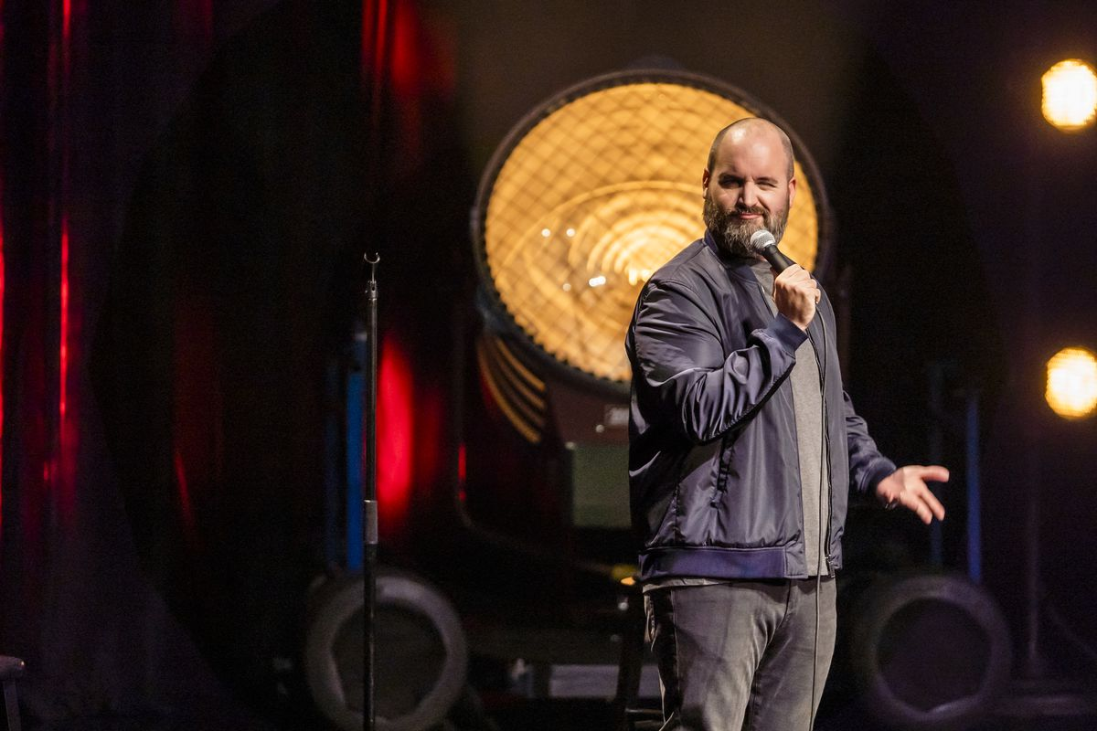 tom segura does some comedy in the moody theater in austin tx