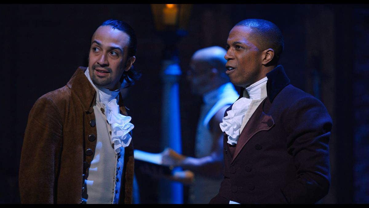 hamilton and burr shaking hands